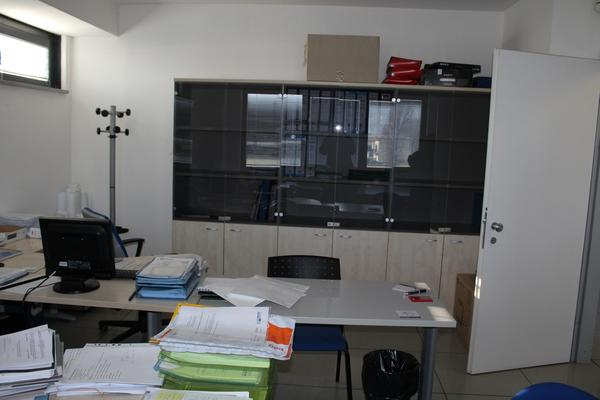 15#4176 Arredi e attrezzature da ufficio