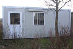 Office box and shelving - Lote 36 (Subasta 4176)