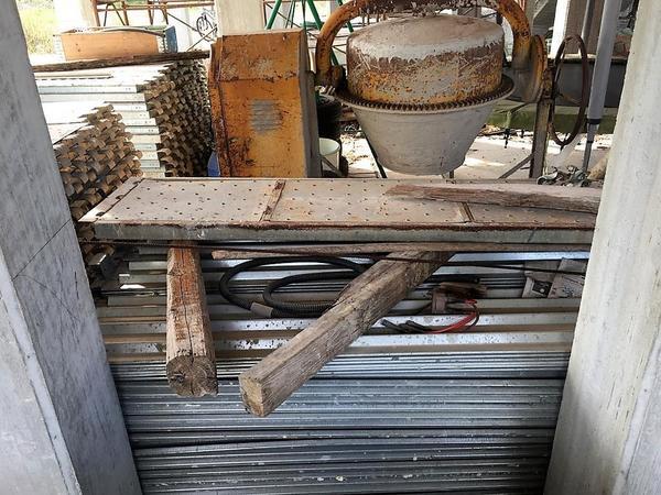 Immagine n. 9 - 2#4204 Macchinari e attrezzatura da cantiere