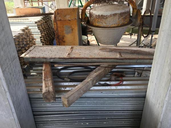 Immagine n. 10 - 2#4204 Macchinari e attrezzatura da cantiere