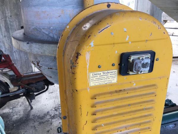 Immagine n. 27 - 2#4204 Macchinari e attrezzatura da cantiere
