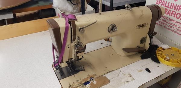 11#4206 Macchine da cucire Necchi e Union Special