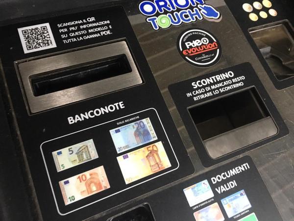 Immagine n. 2 - 2#4222 Distributore automatico di sigarette Orion Touch 60/60