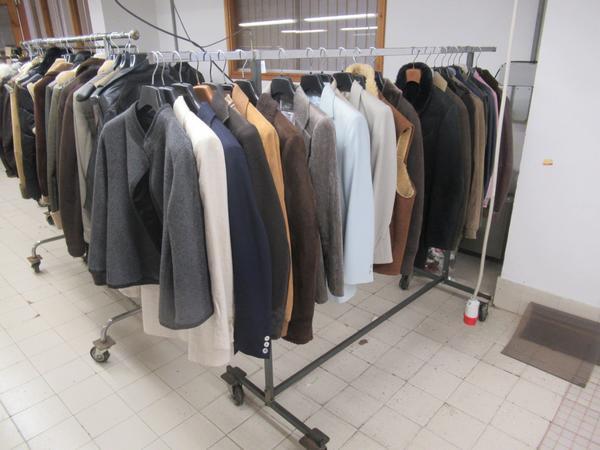 3#4223 Corsetti e capi d'abbigliamento