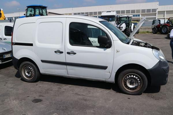 20#4227 Renault New Kangoo