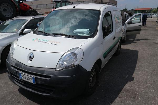 22#4227 Renault New Kangoo