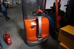Linde electric transpallet - Lot 199 (Auction 4233)