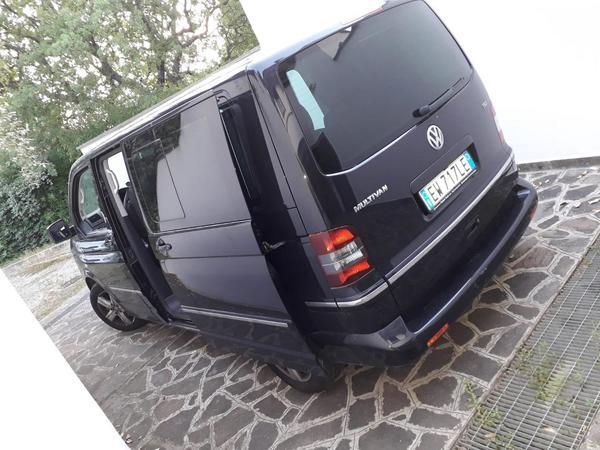 16#4235 Minivan Volkswagen