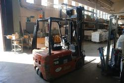 Nissan forklift - Lot 18 (Auction 4244)