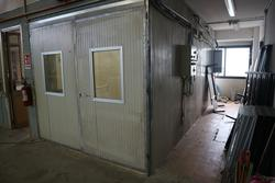 Glue spray booth - Lot 29 (Auction 4244)