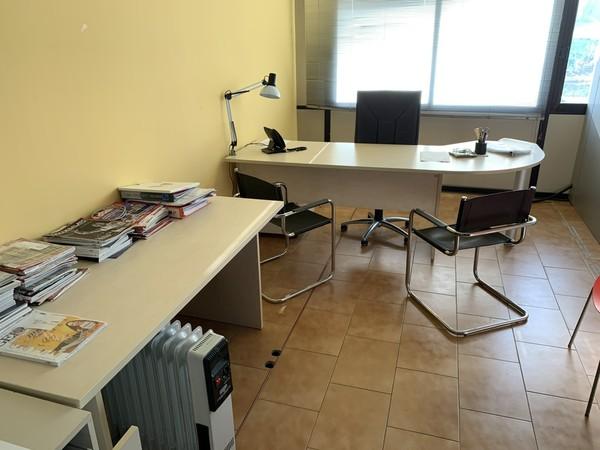 39#4244 Arredi ufficio
