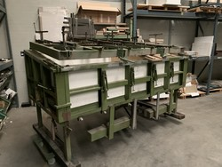 Internal molds and cores for shop window molds - Lote 44 (Subasta 4244)