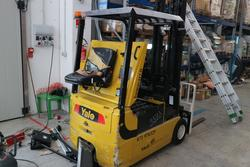 Yale forklift and Junker forklift - Lot 9 (Auction 4259)