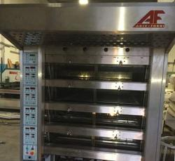 Agiv electric oven with shelves - Lote 1 (Subasta 4277)