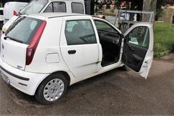 Fiat Punto car - Lot 7 (Auction 4313)