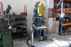 Galfer hydraulic press and tools - Lot 15 (Auction 4318)