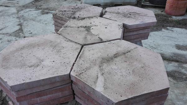 Immagine n. 5 - 6#4319 Piastrelle in cemento da giardino