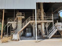 Impianto per la produzione di premiscelati per l\'edilizia