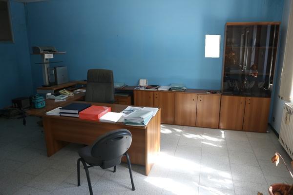 1#4332 Arredi ed attrezzature ufficio