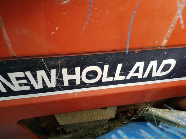 Immagine n. 2 - 10#4335 Trattori cingolati New Holland
