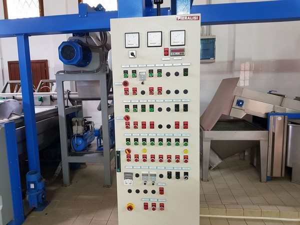 Immagine n. 13 - 2#4335 Impianto frantoio oleario Comagri