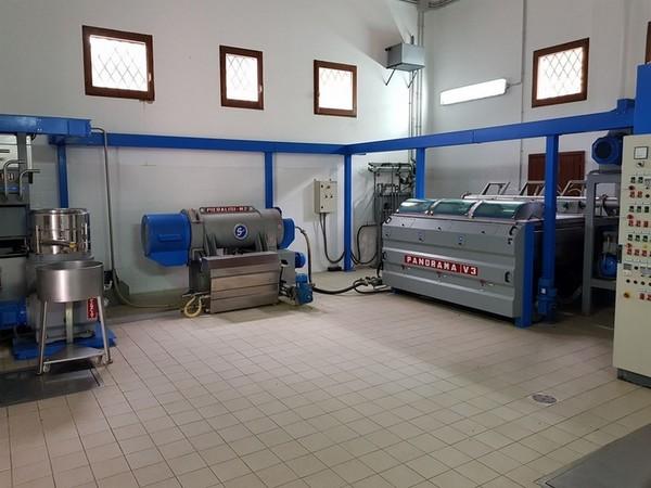 Immagine n. 27 - 2#4335 Impianto frantoio oleario Comagri