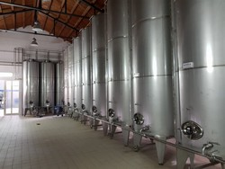 Aisi stainless steel silos - Lot 4 (Auction 4335)