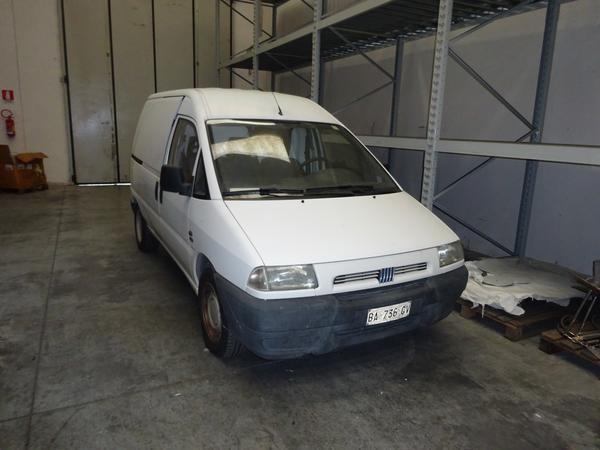 3#4349 Autocarro Fiat Scudo