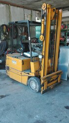 Jungheinrich forklift and various types of buckets - Lot 0 (Auction 4358)