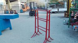 Red trestles - Lot 9 (Auction 4358)