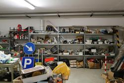 Metal shelving and construction equipment - Lot 9 (Auction 4363)