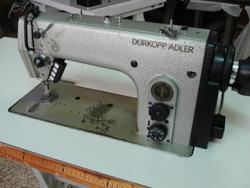 Sewing machine Durkopp 272 140042 - Lot 29 (Auction 4374)