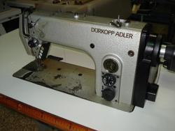 Macchina per cucire Durkopp 272-140042 - Lotto 30 (Asta 4374)
