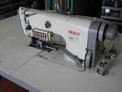 Sewing machine Pfaff 3822 1 24 - Lot 7 (Auction 4374)