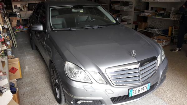 Immagine n. 18 - 11#4385 Autovettura Mercedes E 200