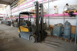 OM forklift - Lot 3009 (Auction 4392)