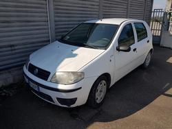 Fiat Punto Van truck - Lot 1174 (Auction 4393)