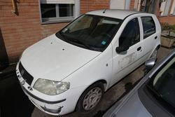 Fiat Punto Van truck - Lot 1176 (Auction 4393)