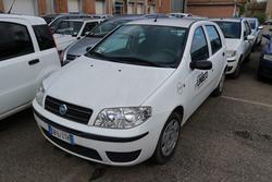 Fiat Punto Van truck - Lot 1187 (Auction 4393)