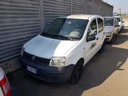 Fiat Panda truck - Lot 1195 (Auction 4393)