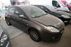 Fiat Bravo vehicle - Lot 2043 (Auction 4393)