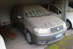Fiat Punto vehicle - Lot 2205 (Auction 4393)