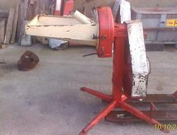 Grinder mills for cereal Electric Maize Sheller and Nissan Almera - Lot  (Auction 4397)
