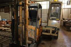 OM forklift  - Lot 34 (Auction 4410)