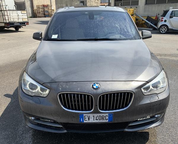 2#4411 Autovettura BMW 530 GT