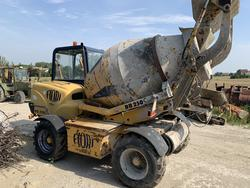 Fiori DB 250 S Self Loading Concrete Mixer - Lot 4 (Auction 4411)
