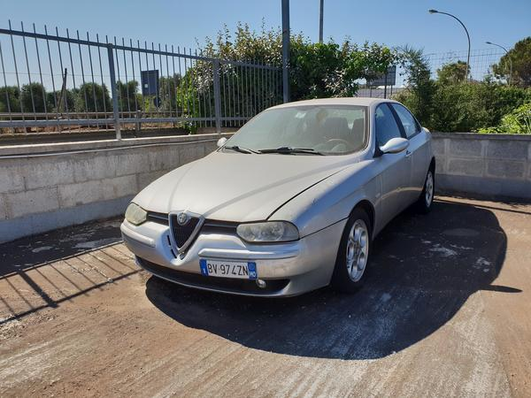 10#4413 Autovettura Alfa Romeo