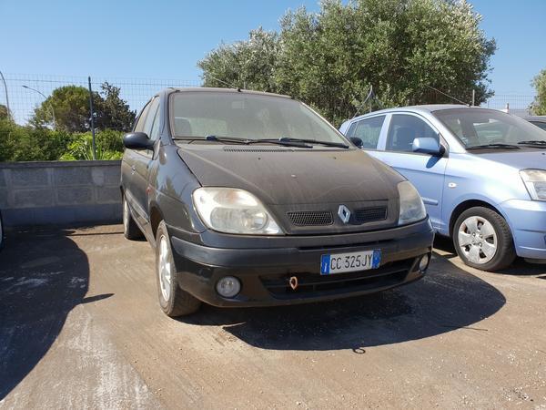 11#4413 Autovettura Renault Megane