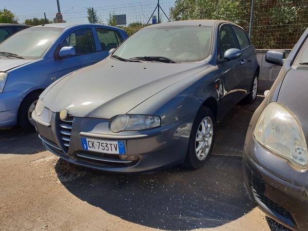 8#4413 Autovettura Alfa Romeo 147 Jtd