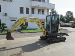 New Holland Kobelco mod E 27 2SR mini excavator - Lot 19 (Auction 4419)